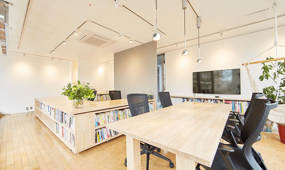 鎌倉にある株式会社クスクスの事務所内写真株式会社クスクスの事務所内写真