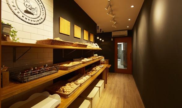 横浜市のパン屋さん「コペのふわふわパン」内装