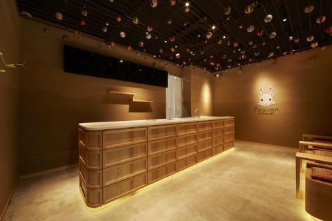鎌倉のデザイン事務所クスクスが内装を手掛けたタピオカ店teaven